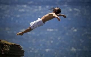 Сонник Прыгать в Воду с большой высоты во сне видеть к чему снится?
