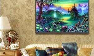 Примета: картина упала со стены, Нашептала