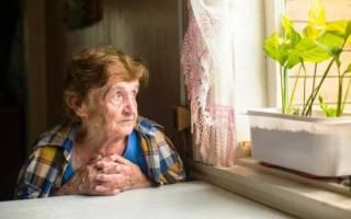 К чему снится умершая мама живой: весёлая или в слезах, молодая или старая