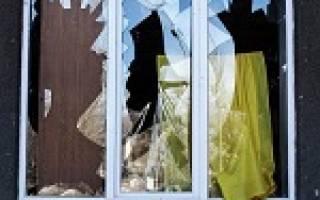 Сонник: снится разбитое окно в доме — к чему видеть или разбить его во сне?