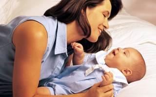 Держать ребенка на руках — толкование сна по популярным сонникам